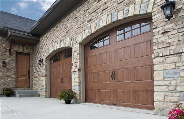 4 Easy Garage Door Maintenance Tips