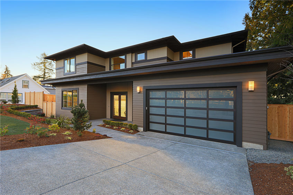 Cool New Garage Door Designs for Your Home