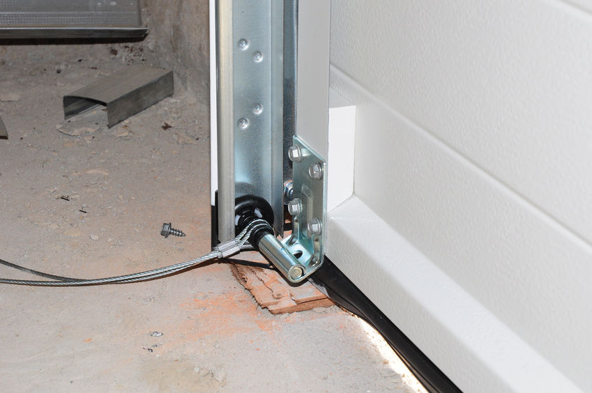 A Faulty Garage Door is a Risk You Don't Need