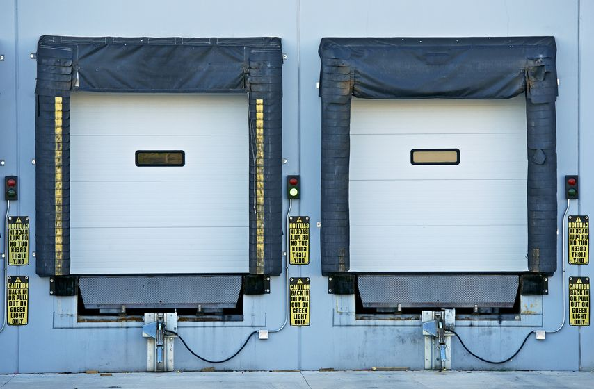 3 Things to Consider When Choosing Your Commercial Garage Door